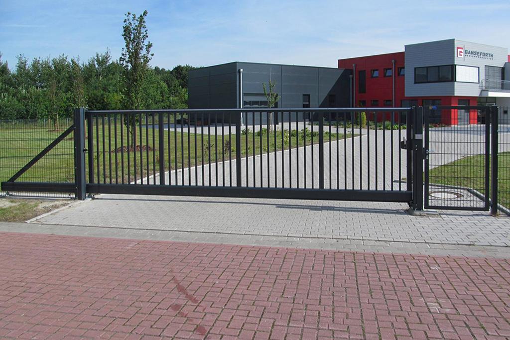 Industrietor Betriebsgelände Bauer Tore Gefrees