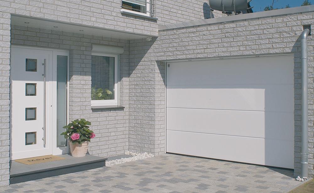 Bauer Garagen-Sektionaltor weiß